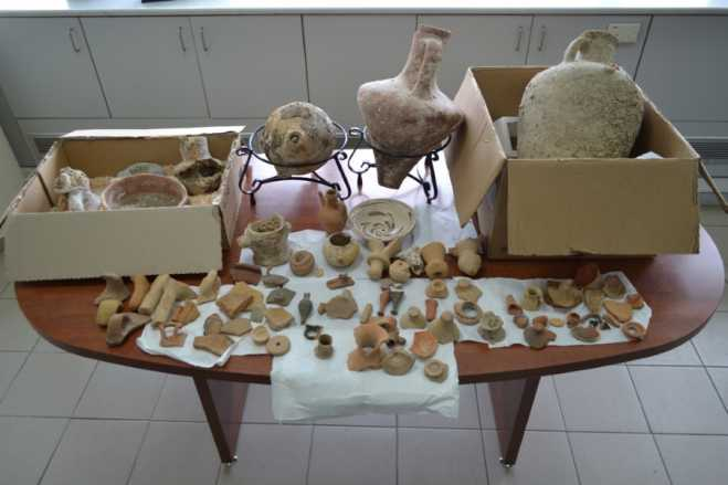 Heraklion couple found with trove of illicit antiquities