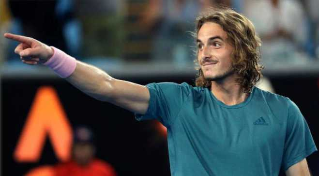 Tsitsipas reaches Australian Open's 4th round