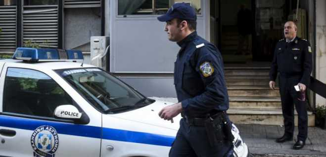 Turkish jourmalists held for questioning in Athens