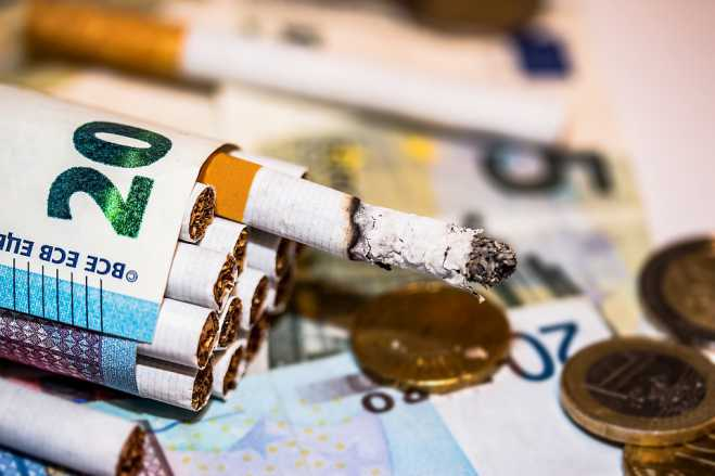 KPMG: Greece first in terms of bootleg cig, tobacco products sales in EU28