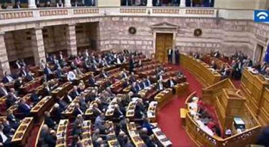 Αγωνάς δρόμου για την κατάθεση των πρώτων νομοσχεδίων