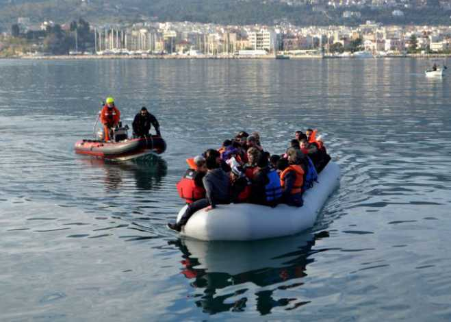 Refugees found floating off Thrace