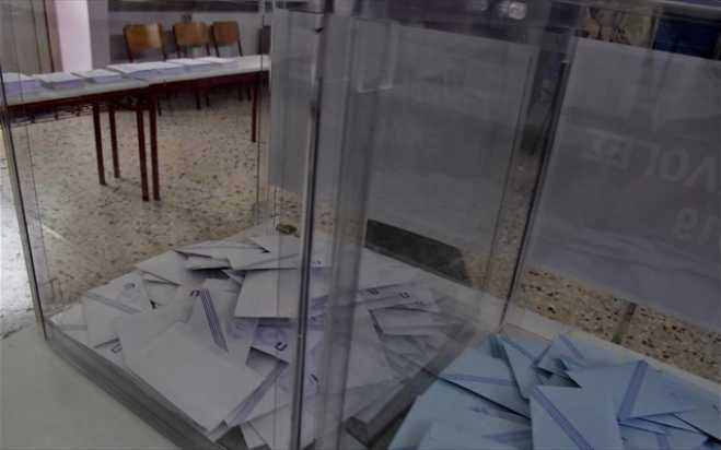 100% of exit polls in Greece show 8.5%-point lead for ND over SYRIZA