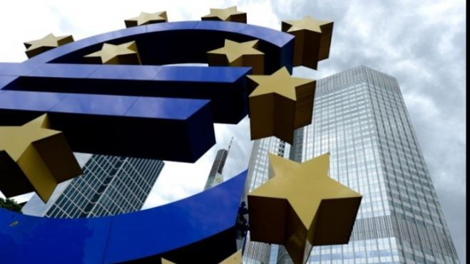 Greek banks will place over 7 bln euros in the bond market