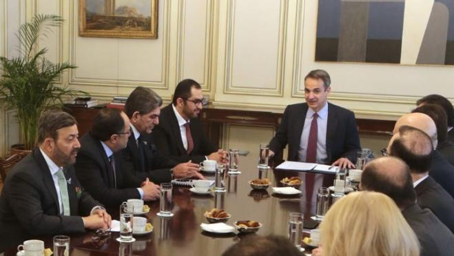 Mitsotakis meets UAE Minister: 'We are excited about the possibilities of cooperation between our countries'