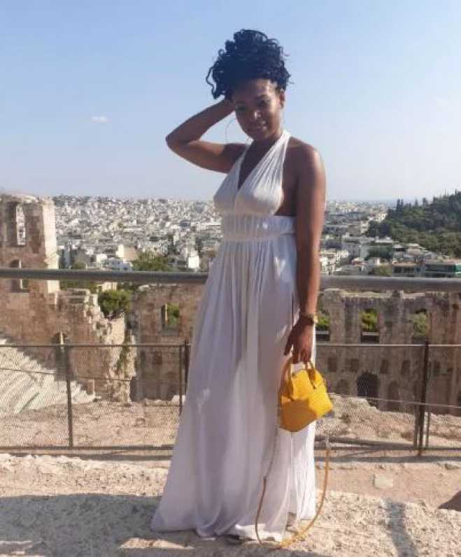 British tourist claims Acropolis guards were racist towards her