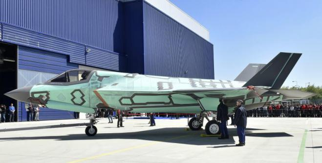 "Greece can claim subcontracting work on F-35 program… with strong ""cards"""