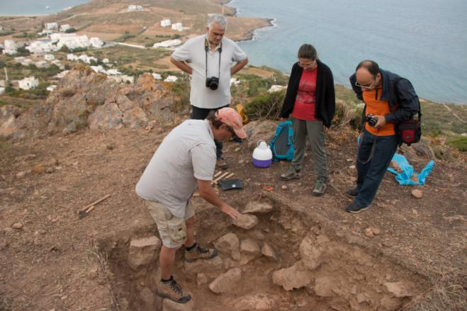 Did early humans migrate to Greek islands 200.000 years ago?