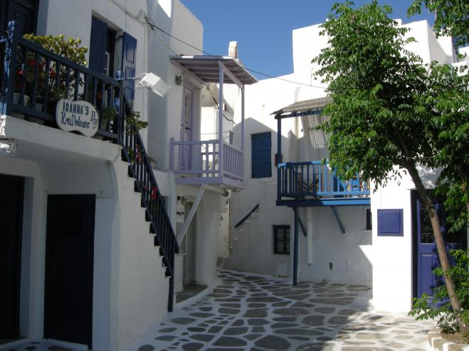 CNN: Mykonos alleyways among best in the world