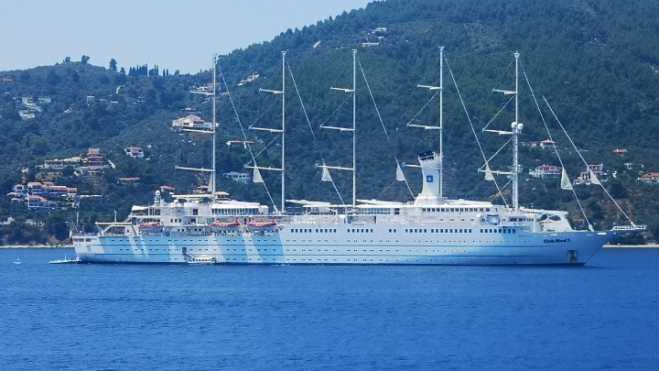 'Club Med 2' sailing cruise ship arrives in Volos
