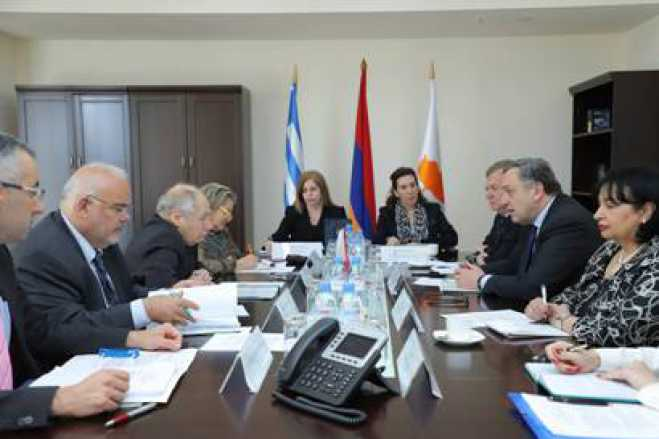 Nicosia hosts the first tripartite meeting of Foreign Ministers of Cyprus, Greece, Armenia