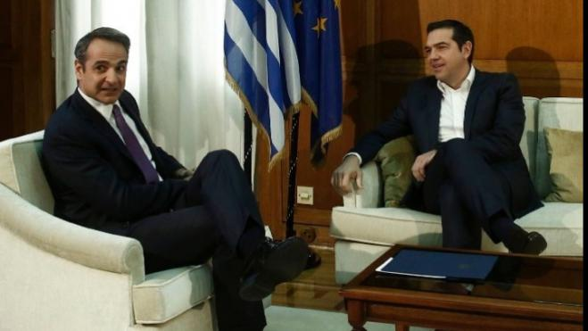 Mitsotakis briefed Tsipras on US trip, SYRIZA leader wants suspension of defense agreement with US