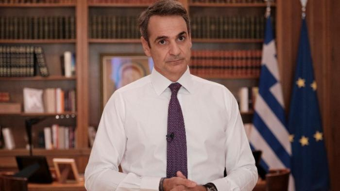 PM Mitsotakis: Keeping current health measures faithfully will help prevent another lockdown