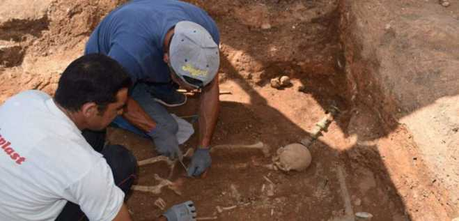 1st Century BC tomb found intact in Macedonia