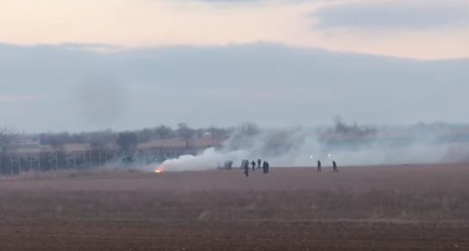 Clashes continue along Evros as Turkish military escorts immigrants to borders