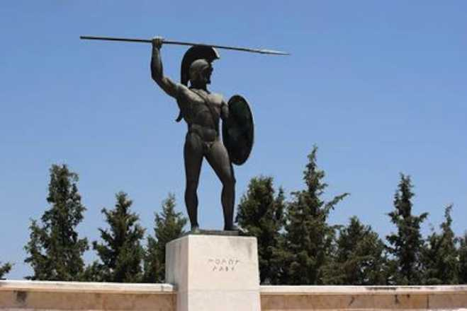 Battle of Thermopylae commemorated in Brooklyn, NY (vid)