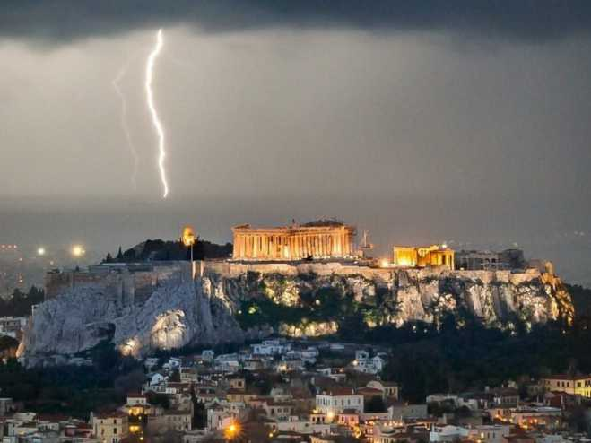 Acropolis site shut down after lightning injures tourists and guards