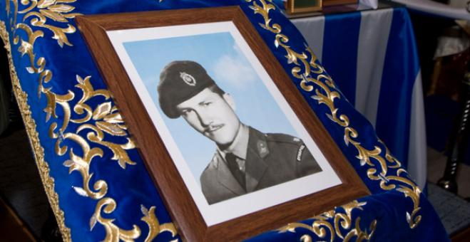 The heroic officer George Katsanis was finally laid to rest in his hometown 46 years after his death (photos)