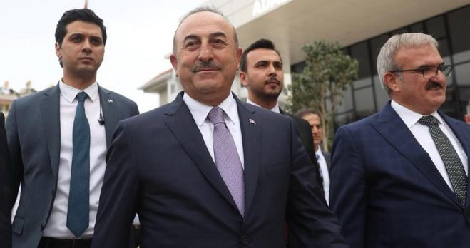 Cavusoglu's ludicrous provocations: Greece shoots boats in the Aegean as well