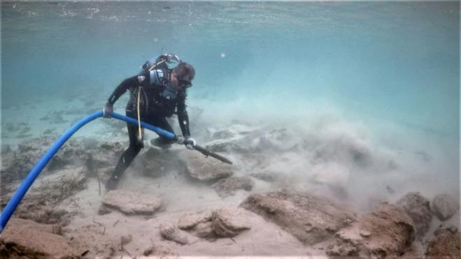 Submerged buildings found in ancient city & modern luxury resort of Crete