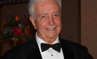 Tireless champion of Hellenism Dr. Dean Lomis passed away